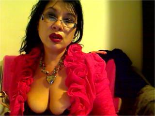 Madellaine69 webcam